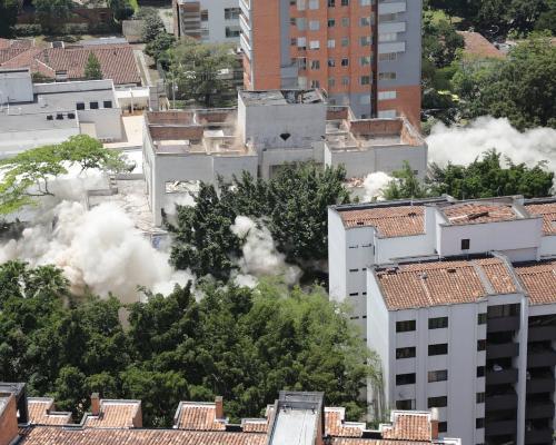 Derribamiento del Edificio Mónaco