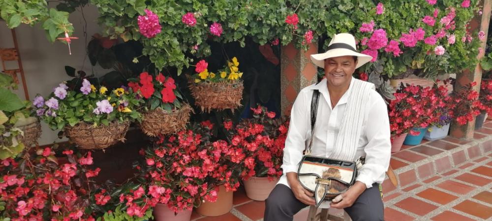 Asociaciones de floricultores de los corregimientos Santa Elena y San Cristóbal