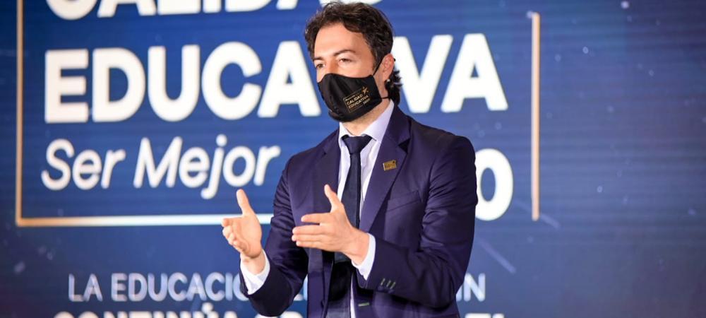 La Alcaldía de Medellín exaltó las 129 iniciativas más representativas de la educación durante la pandemia