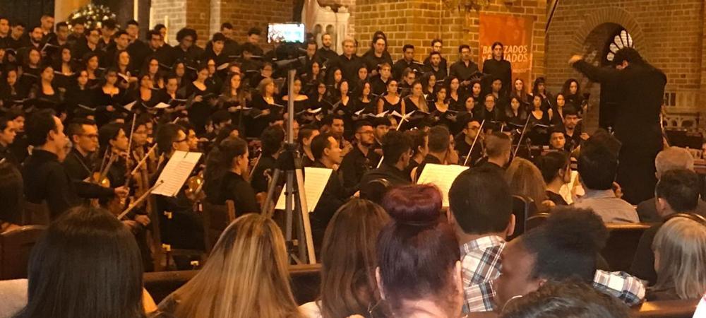 El Centro se llenó de música con la orquesta Iberacademy