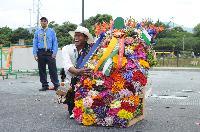 Ganador Absoluto de la edición 55 del Desfile de Silleteros: Luis Alfonso Rave de 52 años, con una silleta tradicional