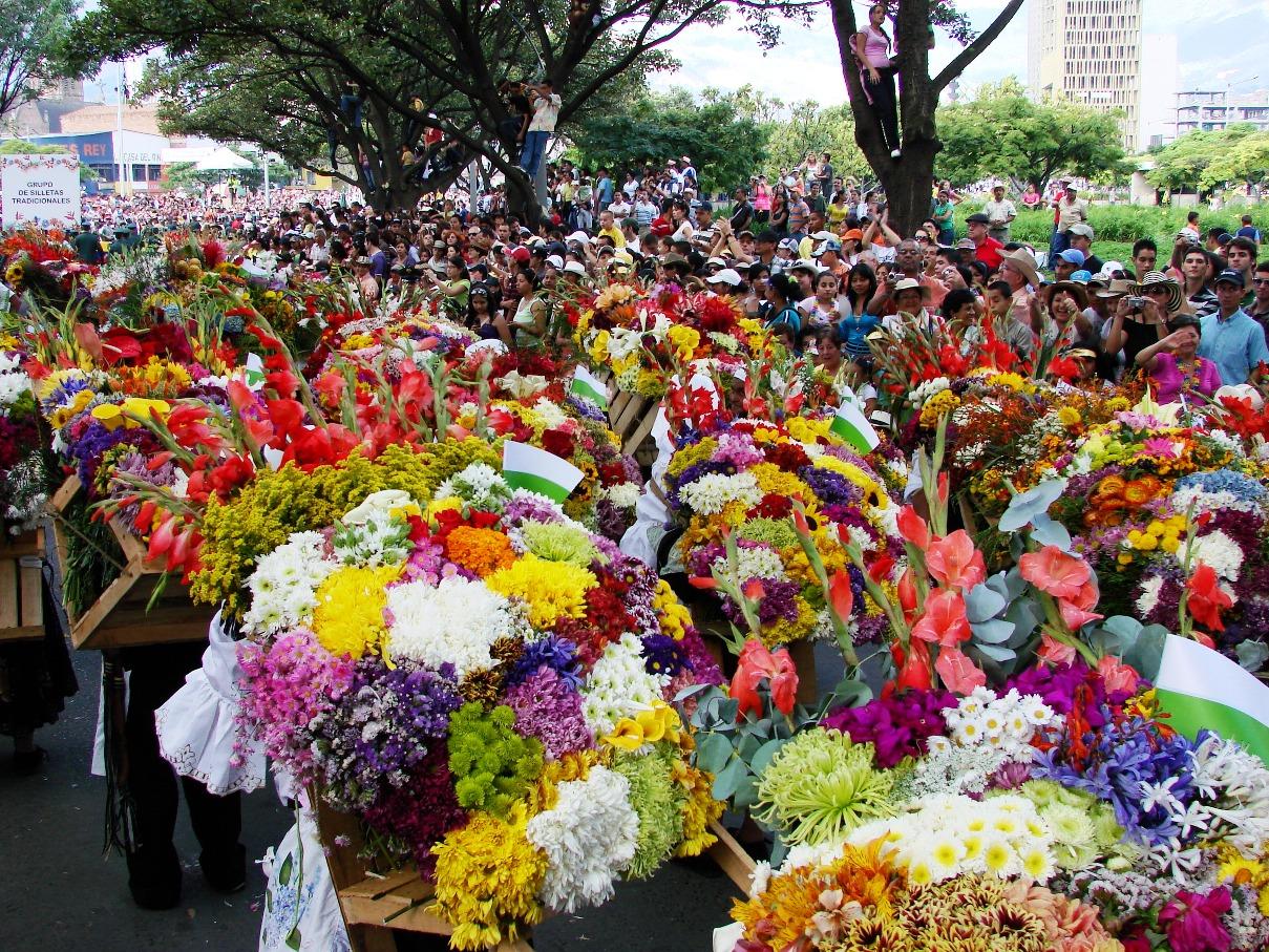 Medellin flower festival feria de las flores 2017 for Bodas jardin botanico medellin